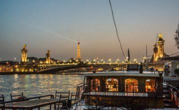 Paris Seine - vue sur la tour effeil