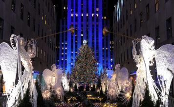 Rockefeller Center Christmas Tree; Midtown; Manhattan