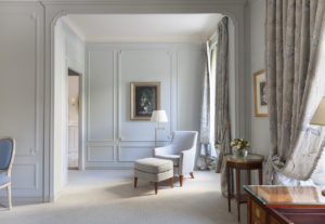 Le_Bristol_Paris-Suite_Deluxe-130-HD-3_4058