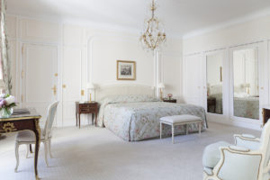 Le_Bristol_Paris-Suite_Royale-430-HD-2_8528