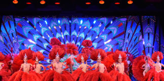 Plumes Rouges ©Moulin Rouge - B.ROYER - PF